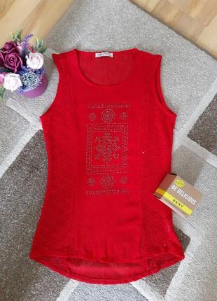 Майка,футболка,блуза туника со стразами красная