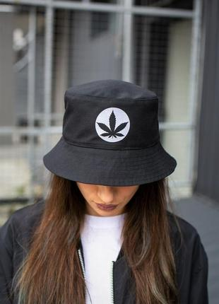 Панамка without ring cannabis white woman