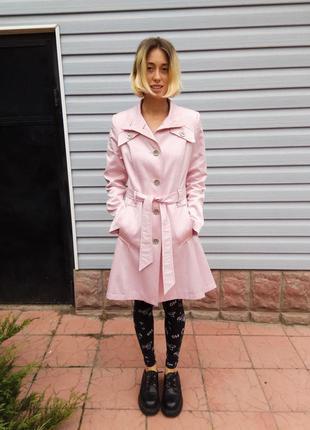 Эксклюзивное пальто в горошек от бренда alisa
