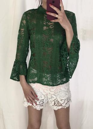 Зеленая ажурная гипюровая блуза/гольф