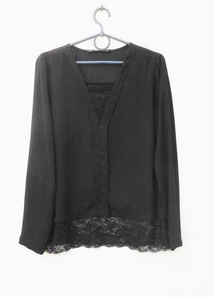 Блузка с длинным рукавом с кружевом