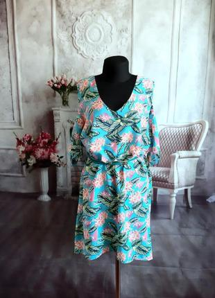 Стильное платье свободного кроя бохо