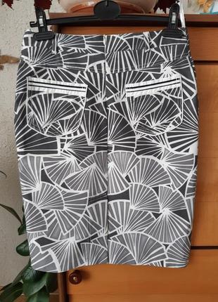 Стильная юбка-карандаш с подкладкой
