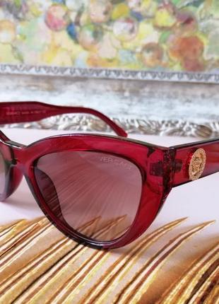 Стильные брендовые женские красные солнцезащитные очки лисички