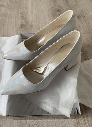 Туфли женские белые перламутровые сатин кожа италия
