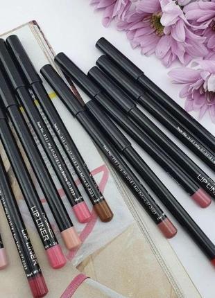 Мягенькие карандаши для губ