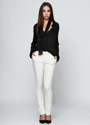 Белые брюки massimo dutti