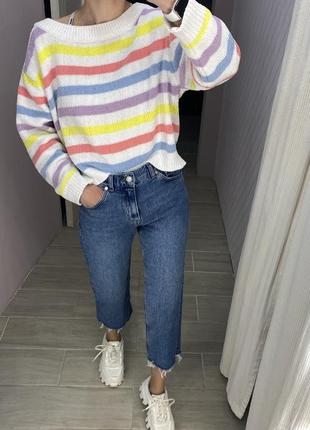 Радужный яркий свитер