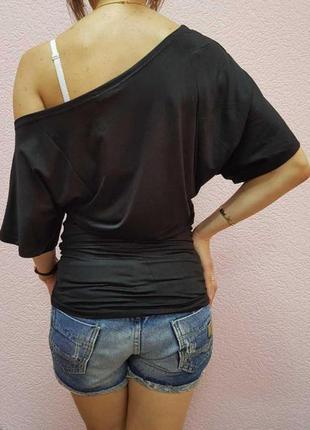 Женская оригинальная туника на одно плечо