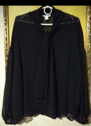 Классная блузка прозрачная в горошек