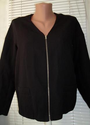 Стильный пиджак - бомбер, легкая куртка