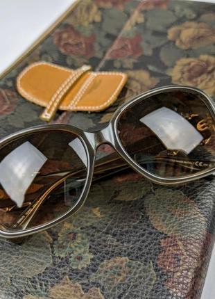 Cолнцезащитные очки valentino