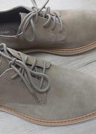 Новые мужские замшевые туфли clarks. пролет с размером.