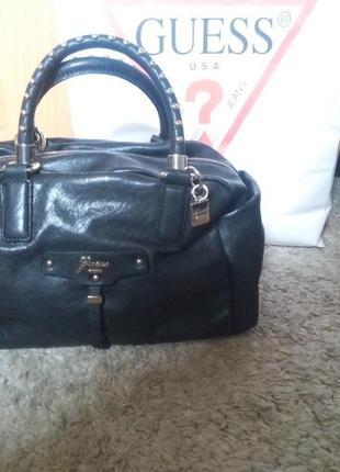Фирменная сумка сумочка бренд guess номерная идеал