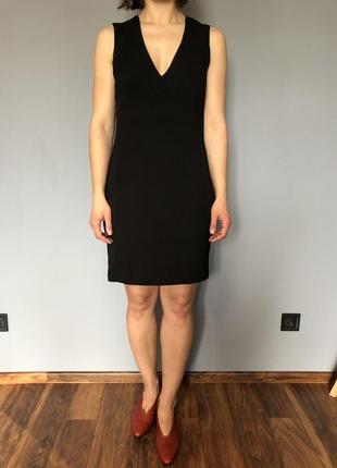 Маленька чорна сукня mango