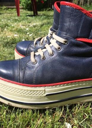 Ботинки синие на платформе