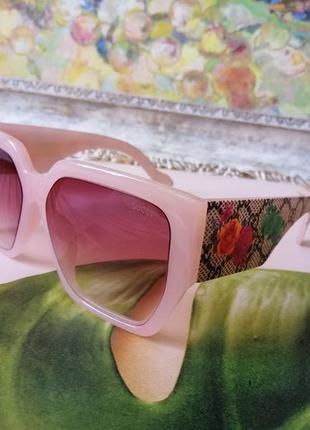 Эксклюзивные брендовые солнцезащитные женские нюдовые очки на широкое лицо