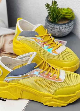 Легкие и удобные, желтые, текстильные кроссовки