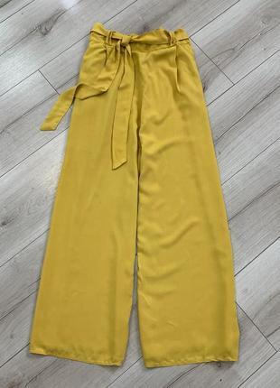 Лёгкие штаны кюлоты с карманами