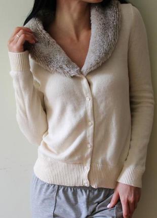 Кофта s m кардиган gap кофточка свитер пуловер топ свитшот джемпер бежевая свитерок