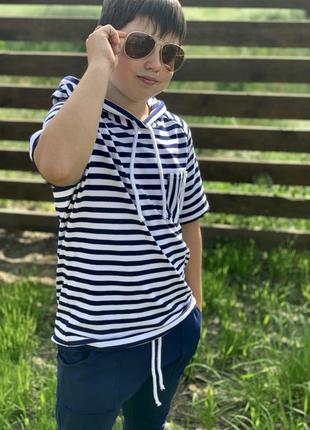 Костюм в полоску для мальчика2 фото