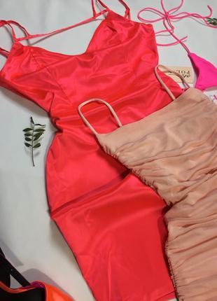 Платье атласное шелковое розовое oh polly. сукня атласна