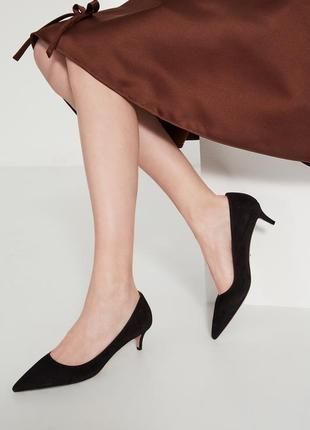 Модные туфли лодочки с каблуком kitten heel