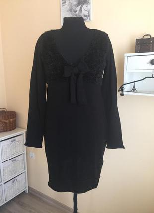 Чёрное трикотажное платье