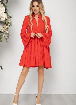 Красное платье-трапеция с воланами