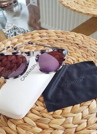 Брендовые солнцезащитные очки, оригинал1 фото