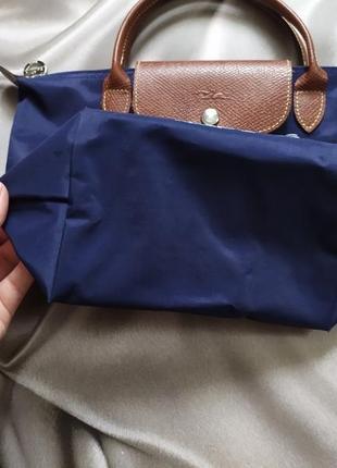 Маленькая сумочка с вышивкой от longchamp4 фото