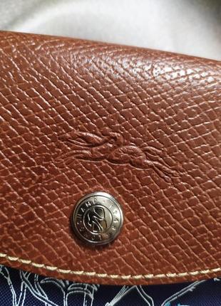 Маленькая сумочка с вышивкой от longchamp5 фото