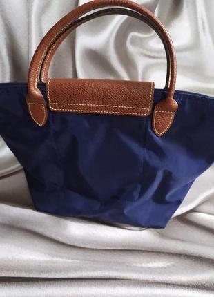 Маленькая сумочка с вышивкой от longchamp3 фото