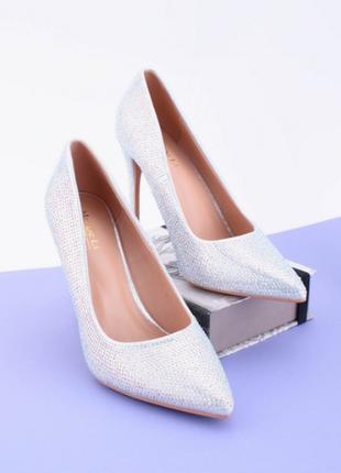 Женские туфли на шпильке в камнях,размеры 36-40