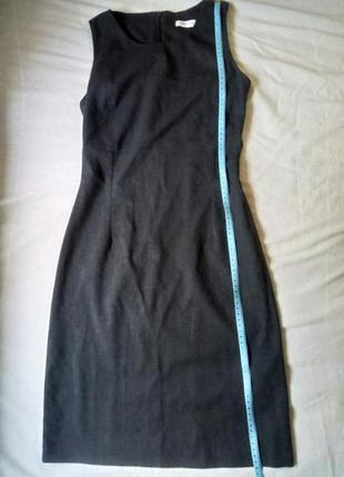 Строгое серое платье по фигуре orsay