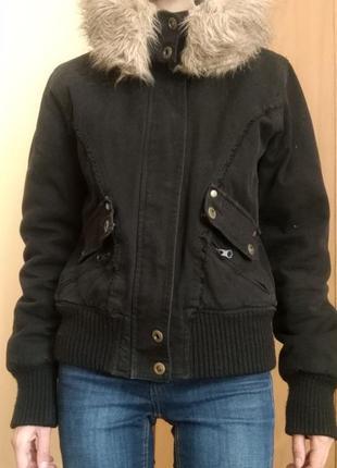 Женская короткая зимняя, осенняя курточка