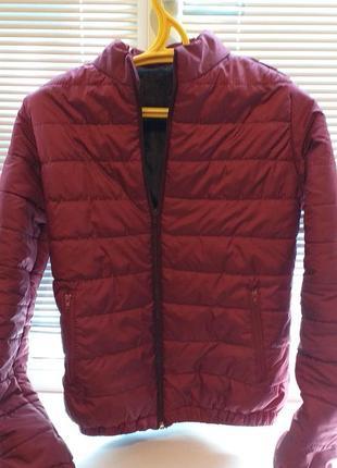 Курточка короткая