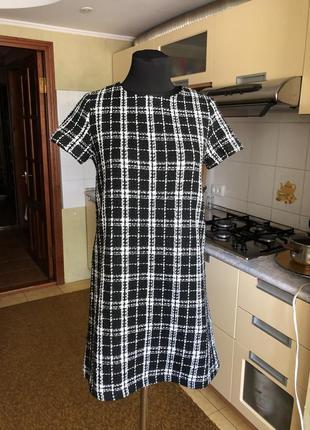 Идеальное твидовое платье