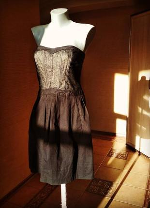 .платье -корсет