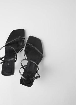 Босоножки кожанные туфли zara