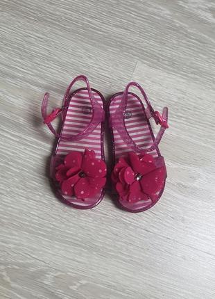 Босоніжки босоножки сандалі резинові