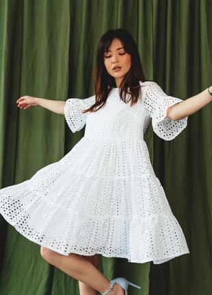 Платье с ажурной перфорацией