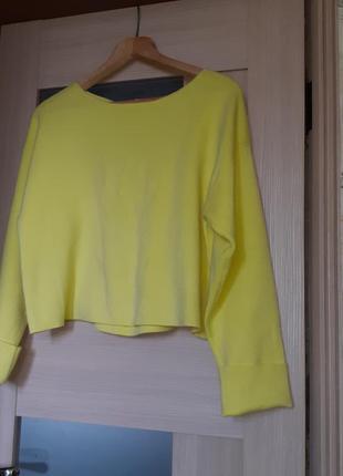 Свитер лимонный жёлтый с завязками на спине