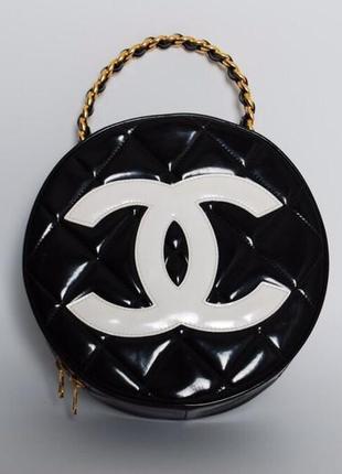 Сумка миди винтажная круглая 1995года chanel