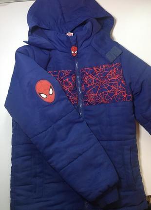 Зимняя курточка marvel