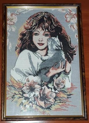 """Вышитая картина """"девочка с котиком"""""""