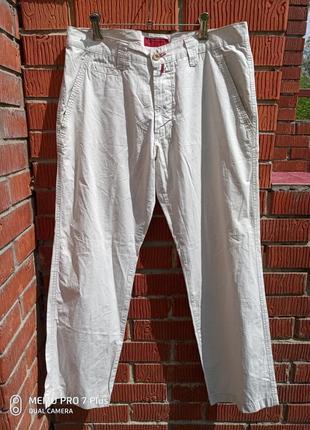 Легкие котоновые брюки pierre cardin