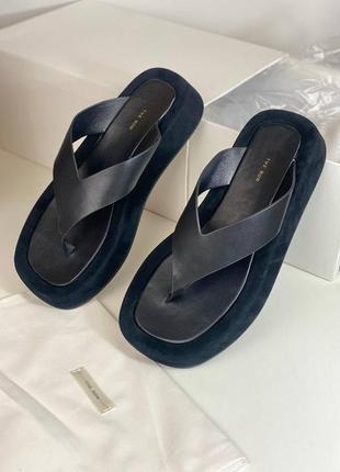 Шлепанцы женские кожаные замшевые черные брендовые через палец люкс