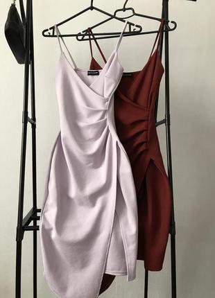 Вечернее платье на бретелях plt