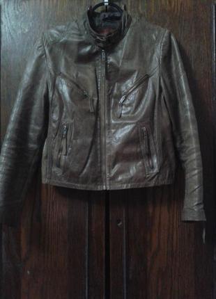 Кожаная куртка e.m.a.c (испания)